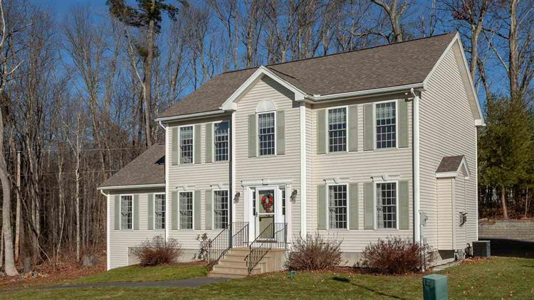 35 Streamside Drive, Manchester, NH 03102 - Image 1