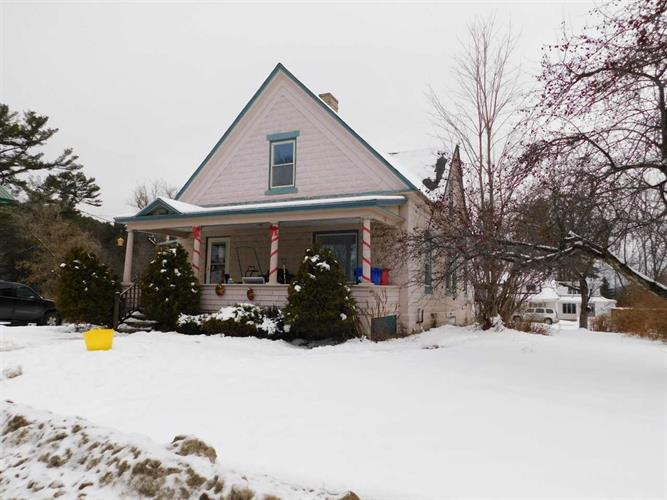 158 Mount Pleasant Street, St Johnsbury, VT 05819 - Image 1