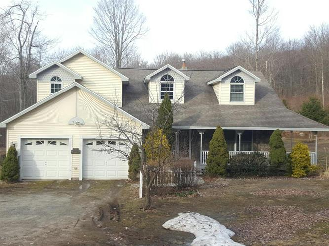875 Flat Rock Road, Forest City, PA 18421