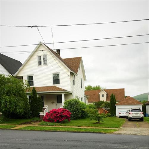 2323 Adams Ave, Scranton, PA 18509