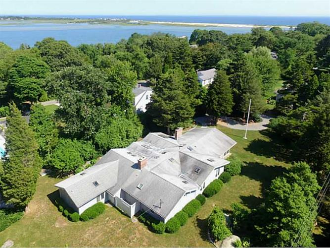 70 WAGNER RD, Westerly, RI 02891