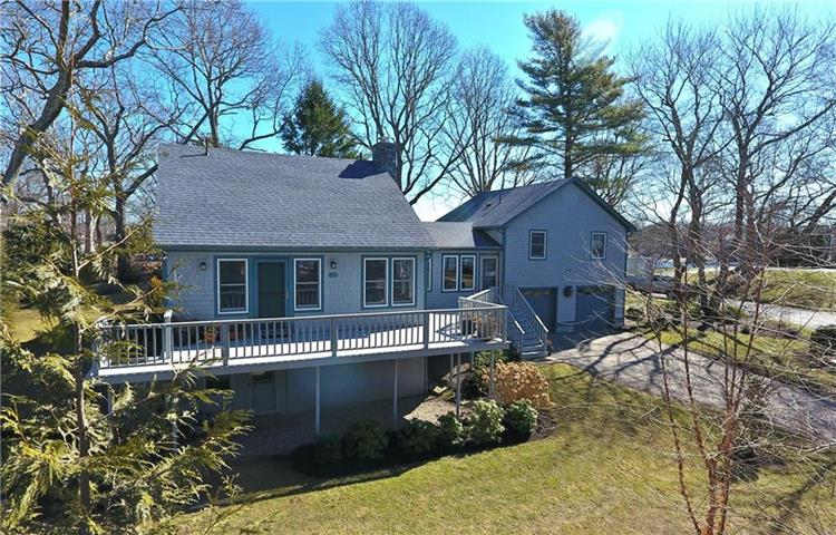 304 Winchester DR, South Kingstown, RI 02879
