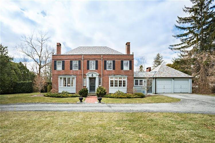 9 Elm LANE, Barrington, RI 02806
