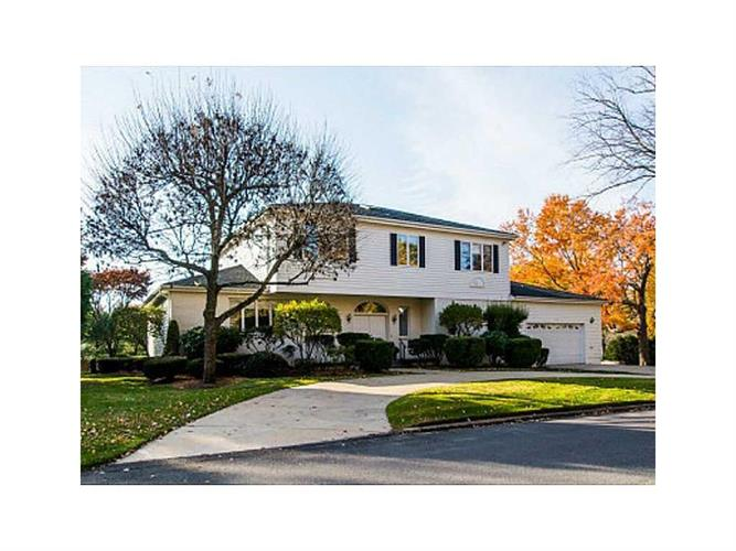 319 Summit DR, Cranston, RI 02920
