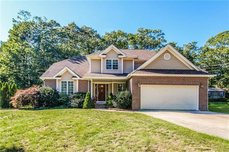 9 Andersen CT, Westerly, RI 02891