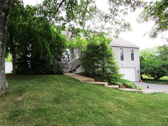 242 Lincoln ST, Blackstone, MA 01504
