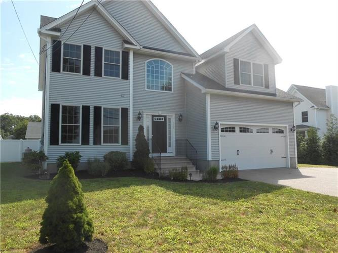 138 Beach ST, Westerly, RI 02891