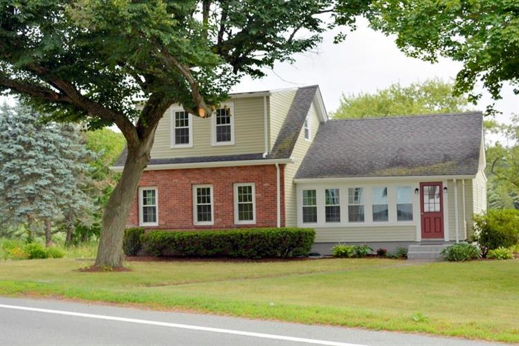 461 Sowams RD, Barrington, RI 02806