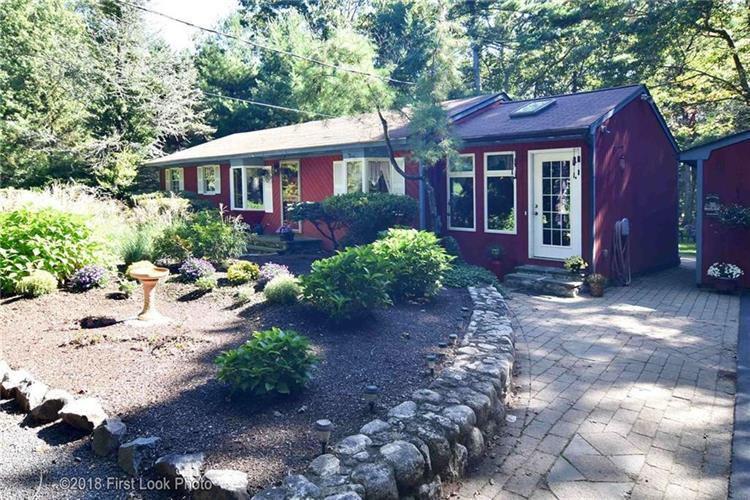 223 Shady Valley RD, Coventry, RI 02816