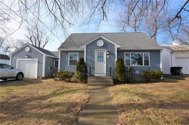 29 Fisher ST, East Providence, RI 02914 - Image 1