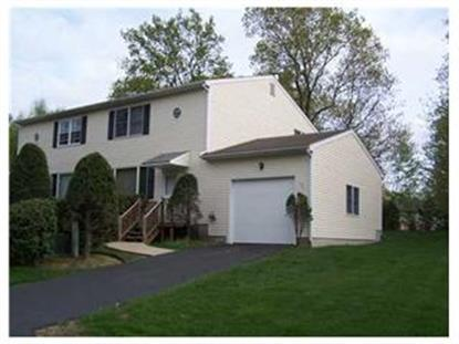 104 GOVERNORS HILL DR, West Warwick, RI
