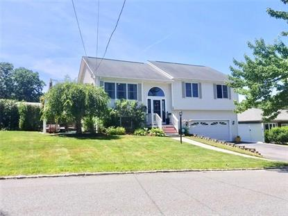 16 Susan CIR, Johnston, RI
