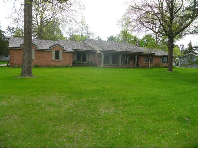 731 Country Club Road, Sauk Centre, MN 56378
