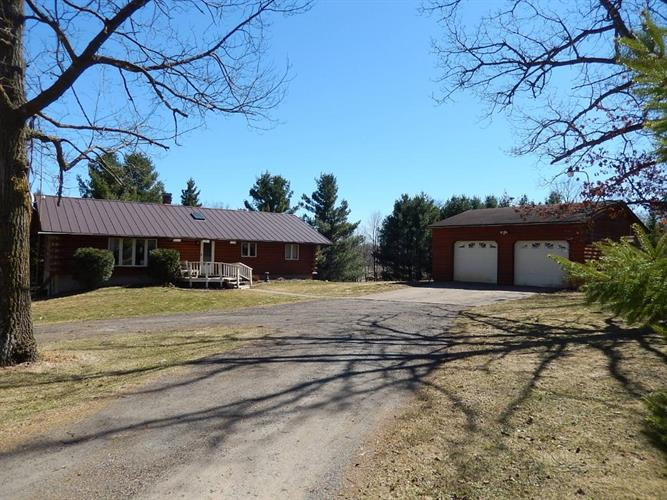 N13594 10th Street, New Haven, WI 54005