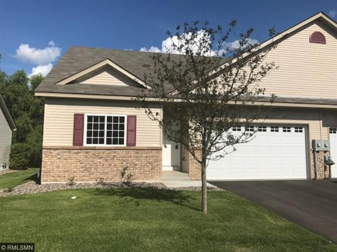 9753 Norway Street NW, Coon Rapids, MN 55433