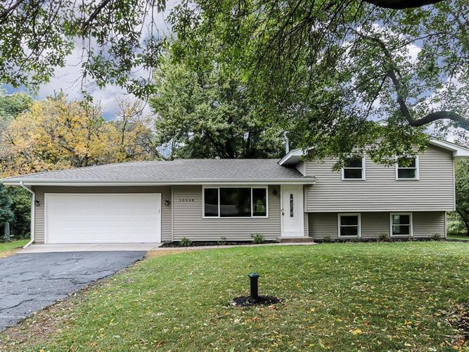 13548 Jonquil Street NW, Andover, MN 55304