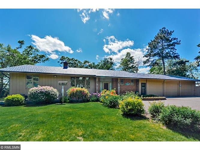 22609 Hole In The Day Drive, Nisswa, MN 56468