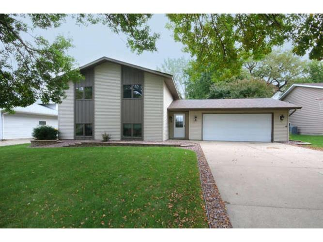 305 6th Avenue NW, New Prague, MN 56071
