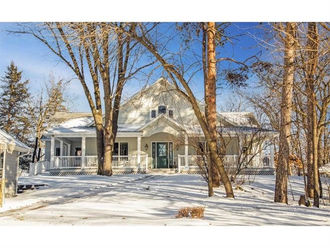 14196 N County Road 24, Wabasha, MN 55981