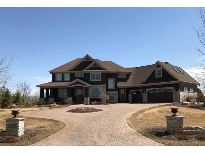 9788 Whistling Valley Road, Lake Elmo, MN 55042