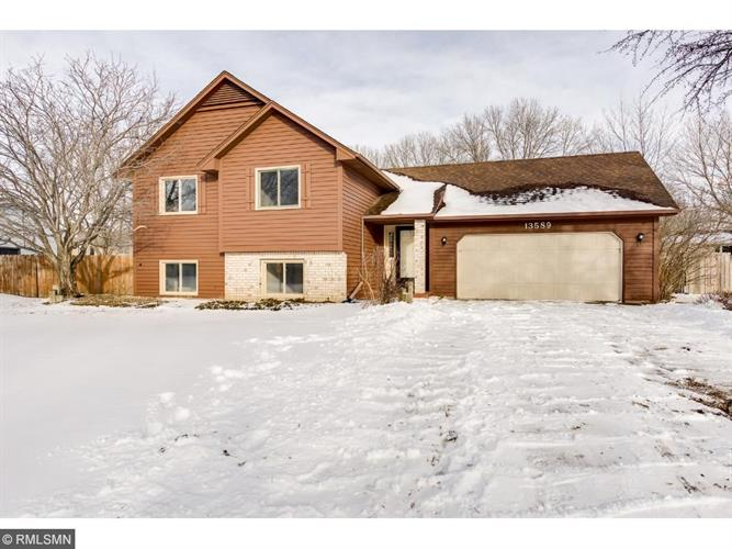 13589 Orchid Street NW, Andover, MN 55304