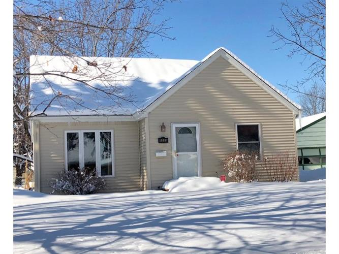 5325 Florida Avenue N, Crystal, MN 55428