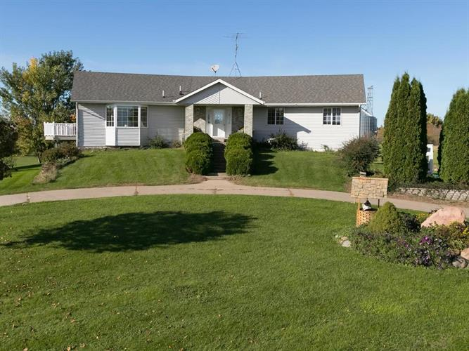 9995 Golden Spike Road NE, Gilman, MN 56329