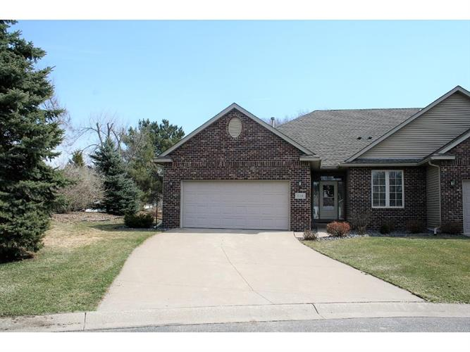 121 Northgate Circle, Cannon Falls, MN 55009