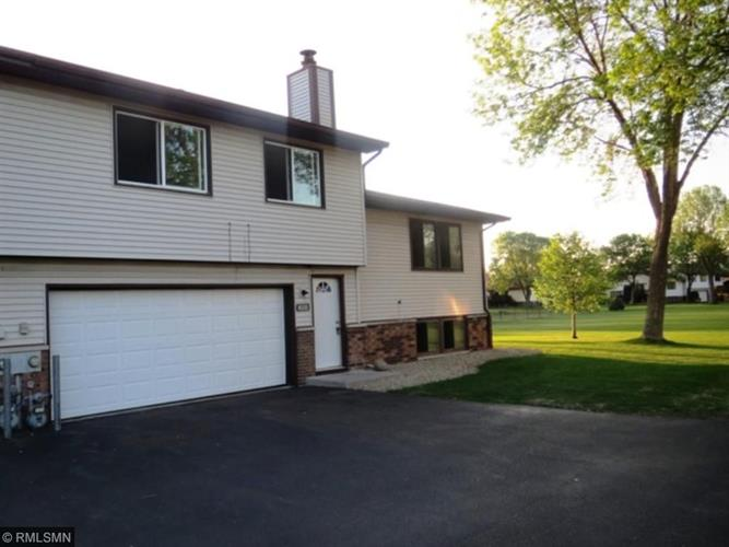 8533 S Maplebrook Circle, Brooklyn Park, MN 55445