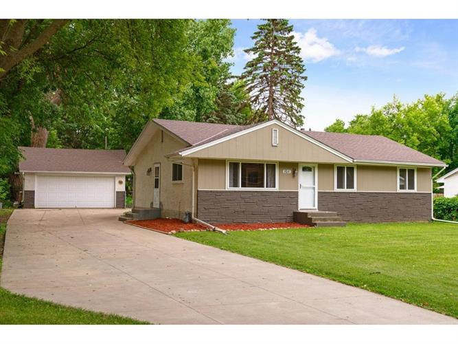 814 87th Lane NW, Coon Rapids, MN 55433