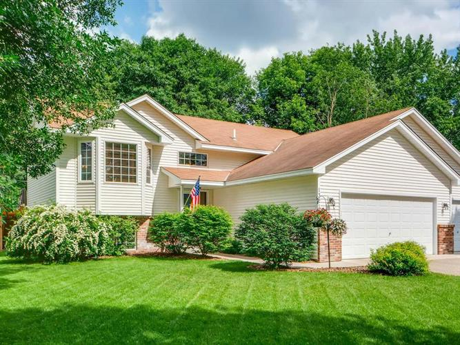 13211 Osage Street NW, Coon Rapids, MN 55448