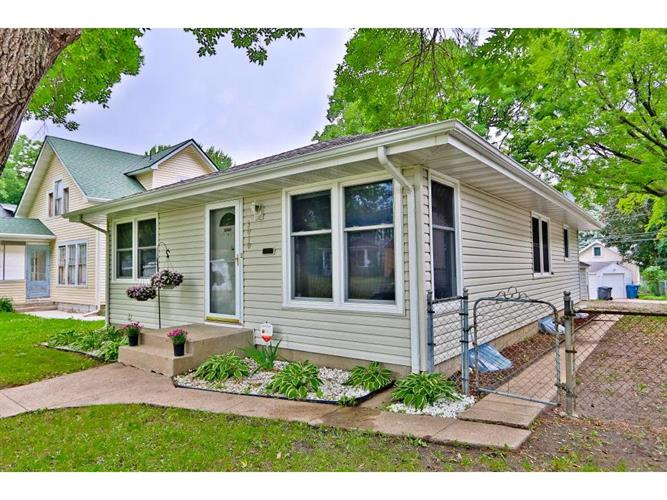 3010 Irving Avenue N, Minneapolis, MN 55411