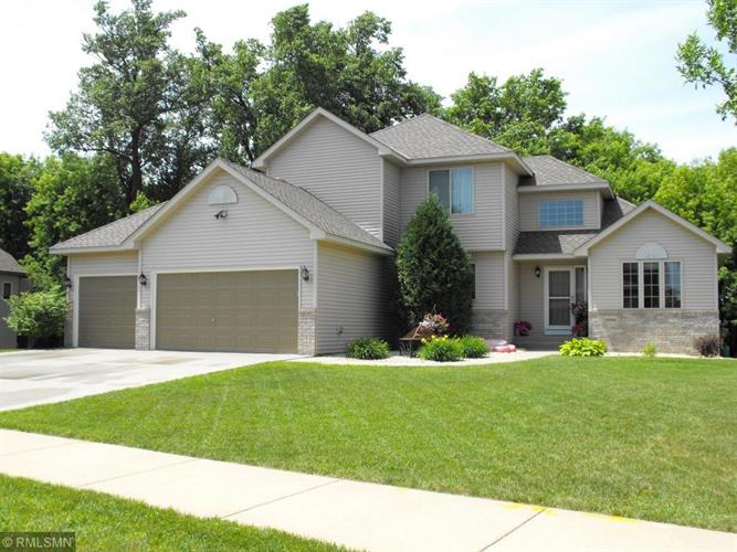 19994 Enfield Avenue N, Forest Lake, MN 55025