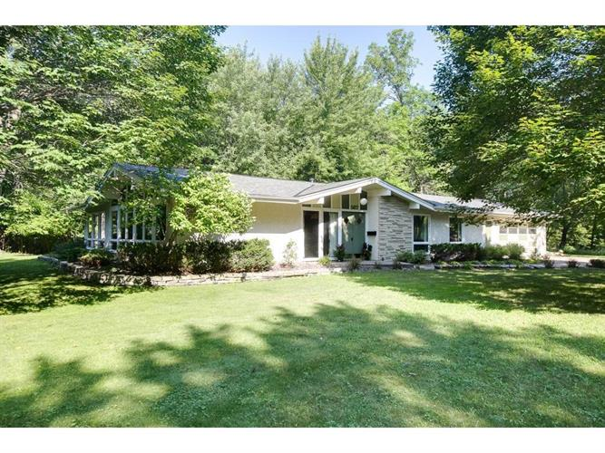 567 Rice Creek Terrace NE, Fridley, MN 55432