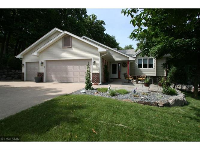 1217 Cherrywood Drive NE, New Prague, MN 56071