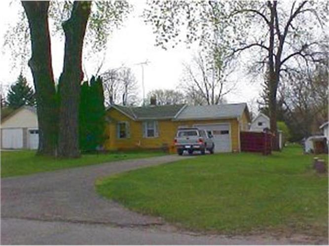 1134 6th Avenue SW, Faribault, MN 55021