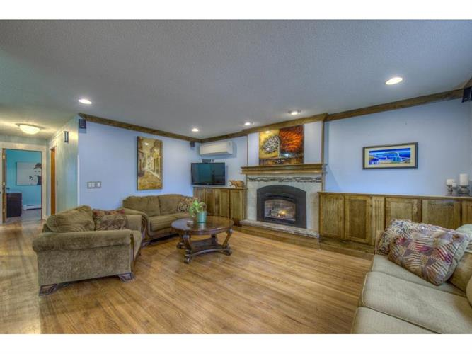 1248 Pinewood Court, Woodbury, MN 55125