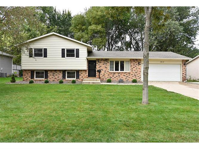 1910 6th Avenue NE, Owatonna, MN 55060 - Image 1