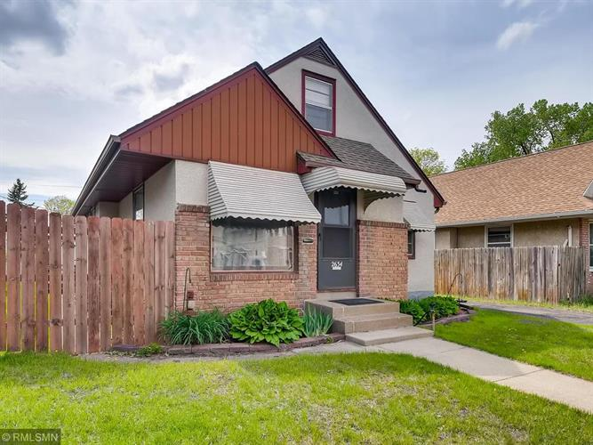 2634 7th Street NE, Minneapolis, MN 55418 - Image 1