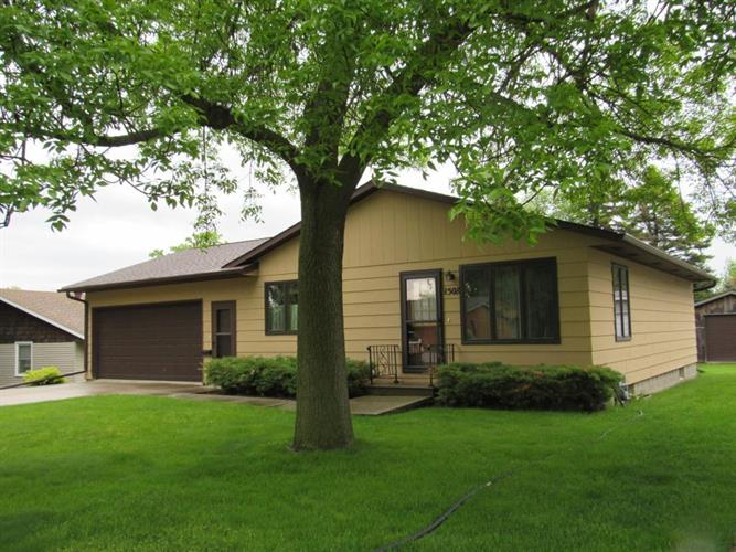 1508 Elmwood Avenue, Worthington, MN 56187 - Image 1