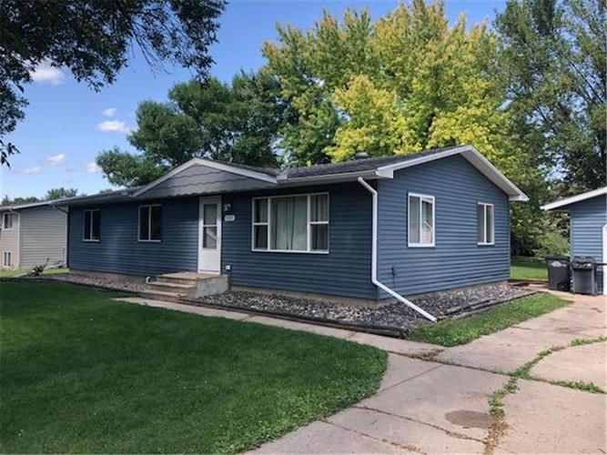 1505 11th Street SE, Willmar, MN 56201 - Image 1