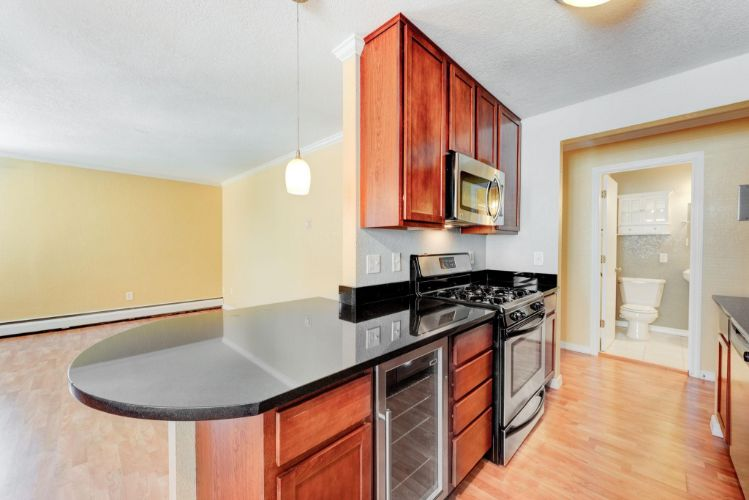 3120 Hennepin Avenue, Minneapolis, MN 55408 - Image 1