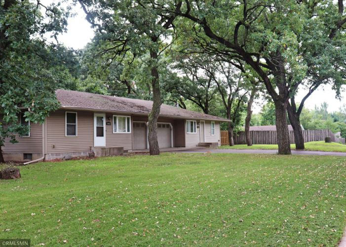 10923 Dahlia Street NW, Coon Rapids, MN 55433 - Image 1