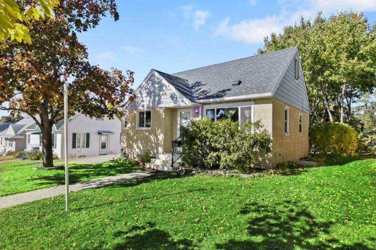 2245 4th Street E, Saint Paul, MN 55119 - Image 1
