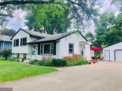 2527 Silver Lake Road NW New Brighton, MN MLS# 5250140