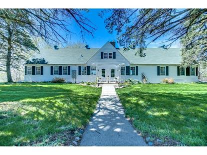 2763 Ches Mar Farm Road Chanhassen, MN MLS# 5278932