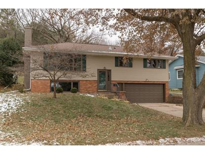 2320 11th Avenue NW Rochester, MN MLS# 5332708
