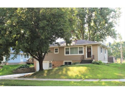 2418 23rd Avenue NW Rochester, MN MLS# 5638639