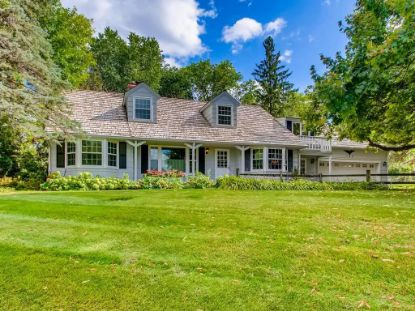 103 Sandy Hook Road Chanhassen, MN MLS# 5646314