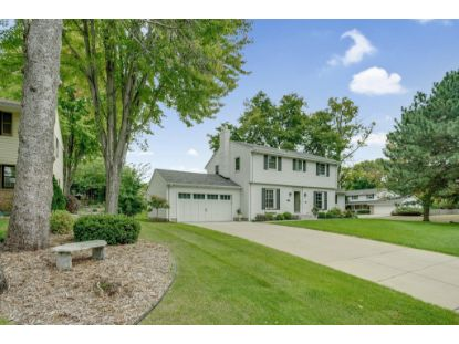 6845 Oaklawn Avenue Edina, MN MLS# 5651711